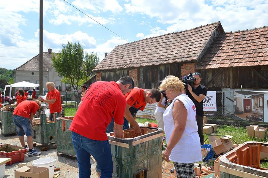 Pindroch Csaba kályhát épít